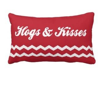 HOGS & KISSES!Arkansas #Razorbacks #WPS