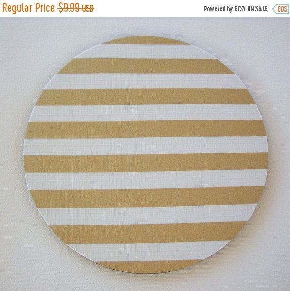 chic / cute / preppy / computer, desk accessories / cubical, office, home decor / co-worker, student gift / patterned design / match with coasters, wrist rests / computers and peripherals / feminine touches for the office / desk decor