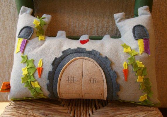 Picasoques Tu castillo escocés, Niños y bebé, Juguetes, Hogar,  Cojines