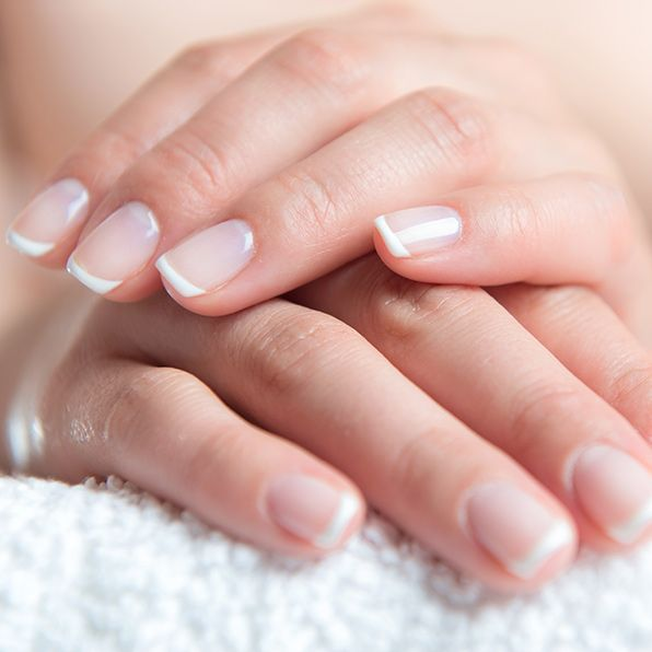 How to Do a French Manicure the Easy Way