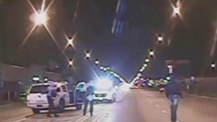 Prosecutors take on blue wall of silence    Three years after a Chicago police officer shot and killed Laquan McDonald, three other officers are charged with lying, obstructing justice and trying to cover it up.