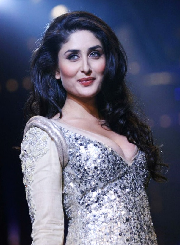 Hailing from an acting family, Kareena Kapoor is a popular leading actress, known for many hits, including Jab We Met, Ra.One, Don, 3 Idiots, Golmaal Returns & Golmaal 3 and Bodyguard.