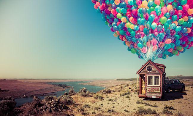 Люди живущие в домах, которые меньше обычной американской спальни Мы берем интервью у реальных людей, которые живут в крошечных домах, большинство из которых меньше 60 квадратных метров. Это меньше, чем средняя спальня в Соединенных Штатах, где дома в 800 квадратных метров обычное явление.