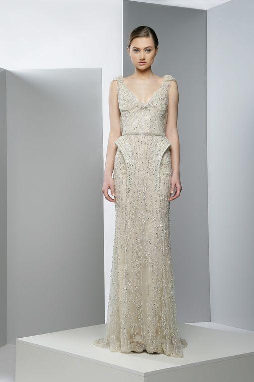عنوانكاختارى فستان سهرتك .. أنوثة وأناقة وجمالعدسات الانمي المكبره لحجم