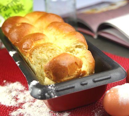 Brioche au beurre - Envie de bien manger. Plus d'idées de goûters sur www.enviedebienmanger.fr