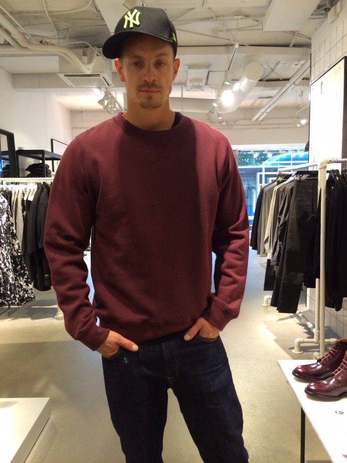 He was out shopping was noted he was tired  Joel Kinnaman