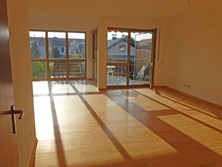 Schöne, helle und großzügige 3 Zimmer Whg. mit Balkon Richtung Westen in zentraler Lage 800 Schriesheim OEG Bahnhof