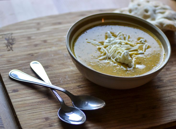 Broccoli Soup with Walnut and Goat Cheese