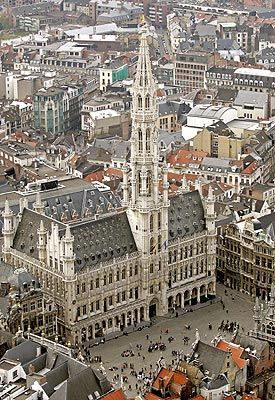 The Grand-Place, One day in Brussels The #tax year in #Belgium is generally the same as the calendar year. Read here more: http://www.companyformationbelgium.com/paying-taxes-in-belgium