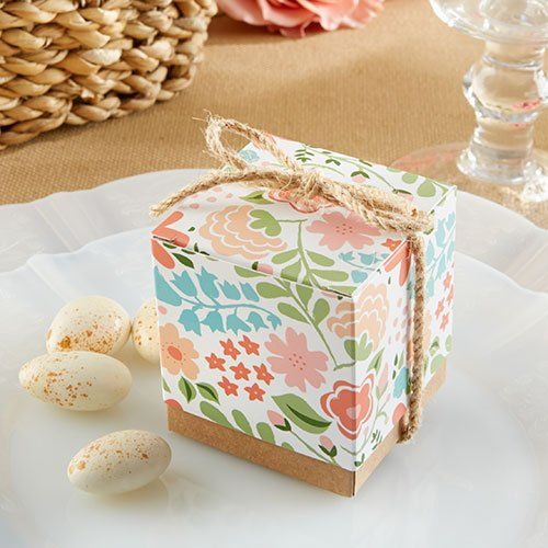 Perfect Floral  Box for bridal shower favors via Beau Coup