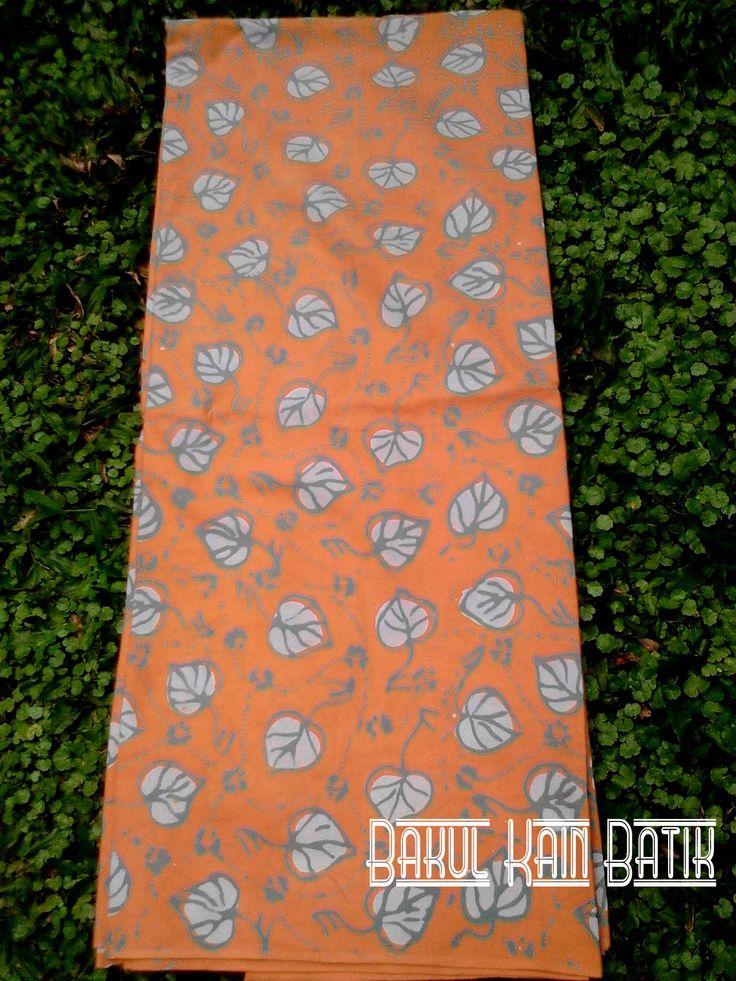 kain #batik cap dari katun halus lebar 115 panjang 200 harga 125rb minat by bbm 5173e9a7 whatsapp 085770111371  bisa COD area jabodetabek  #kainbatik #fashiondesain #bajubatik #batikpekalongan