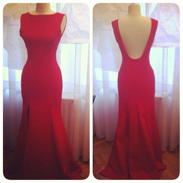 Kırmızı balo elbisesi  285 TL