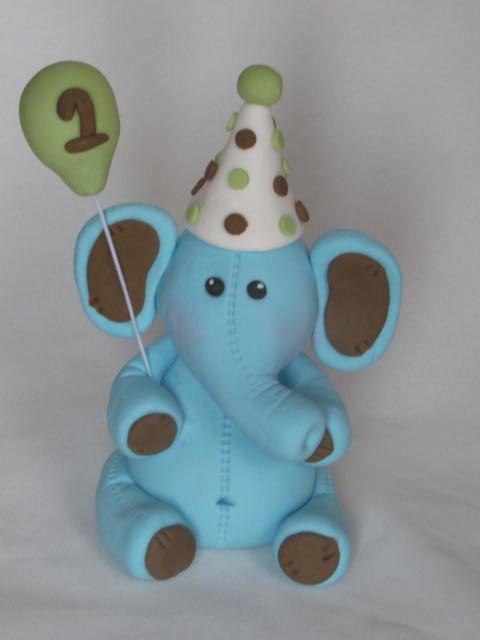 Haut de forme éléphant gâteau d'anniversaire par DreamDayShoppe, $16.00
