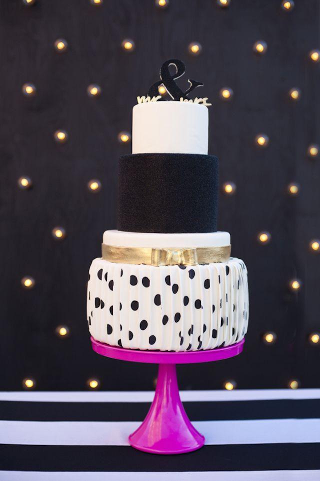 Polkadot wedding cake | Christa Elyce Photography and @twobewed | see more on: http://burnettsboards.com/2014/06/colorful-fun-kate-spade-wedding/ #katespade #cake
