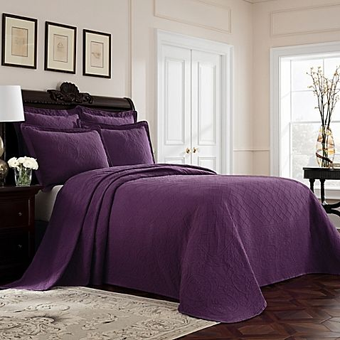 Williamsburg Richmond King Bedspread in Purple