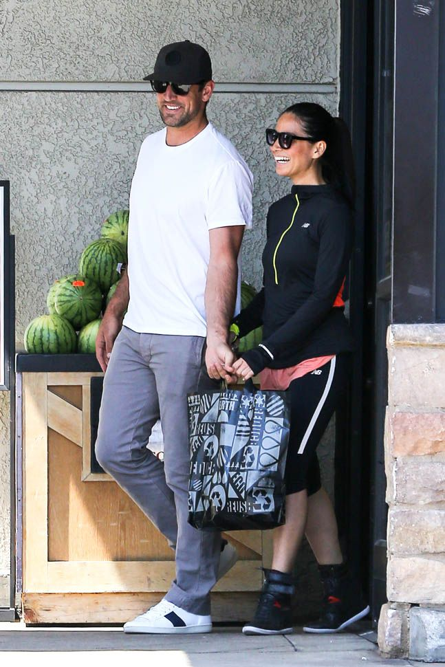 Olivia Munn and Aaron Rodgers are moving fast|Lainey Gossip Entertainment Update