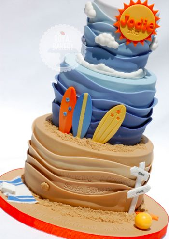 craftsy: cake waves by Lesley of Royal Bakery