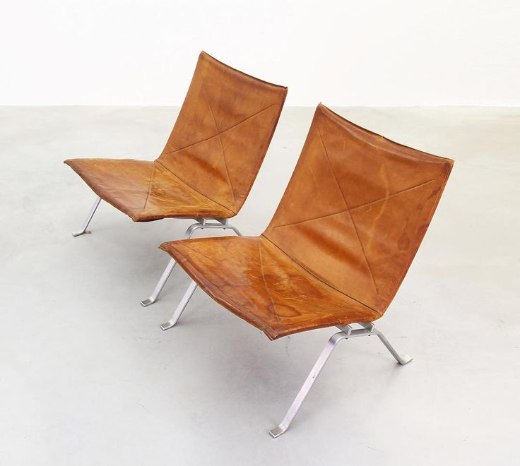 """20cmodern: """" galerie_bachmannGood Old… PK22 by Poul Kjaerholm for E. Kold Christensen the most beautiful leather we have ever seen in these lounge chairs #galerie_bachmann #danishdesign #danishfurniture #midcentury #timeless #design #designclassics..."""