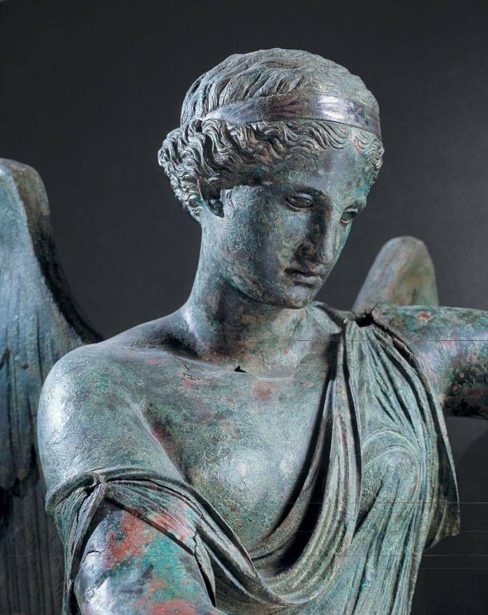 LA VITTORIA ALATA,episodio #2: proteggiamo la statua!