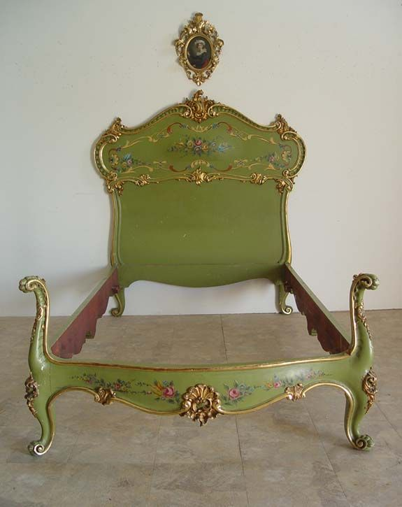 Site with gorgeous painted furniture. Fancy Carved Italian Venetian Painted Bed Ebay Seller Norwinda