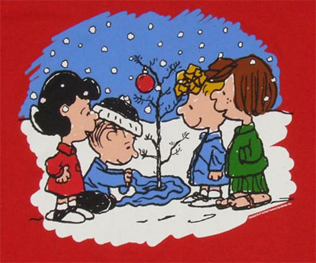 Christmas Tree Peanuts Cross Stitch Pattern LOOK - Crafts Cross Stitch
