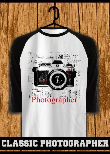 ourkios - Classic Photographer Black Raglan