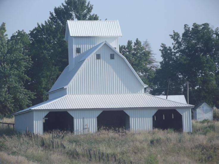 The cadillac of barns!!