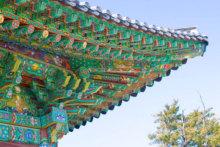 what-to-do-south-korea-temples-hand-painted-art-3-e1424654192258.jpg 1,100×734 pixels