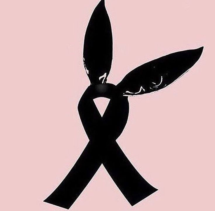 Pray for Manchester and Ariana..... she is always with a smile in her face but now she is heartbroken... her experience must have been horrible plz pray be human