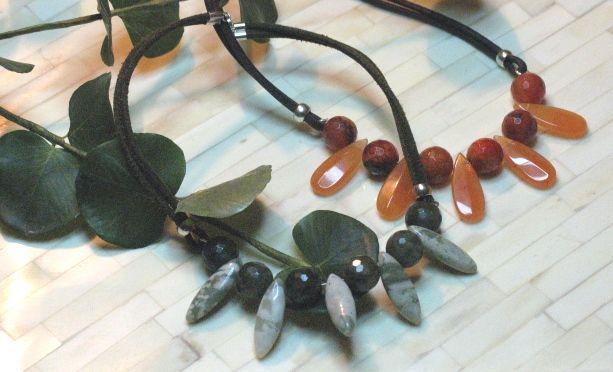 Collares cortos para animar tu look, naranja o verde? los tienes en el taller de Mil Onzas Joyas. #joyas #moda #gemas #collares #milonzas