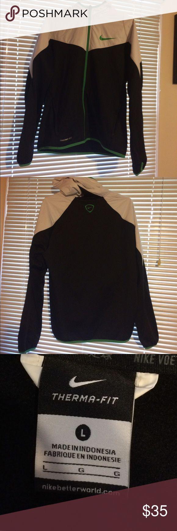 GREEN NIKE RUNNING JACKET GREEN/BLACK/WHITE Size:LARGE Nike Jackets & Coats