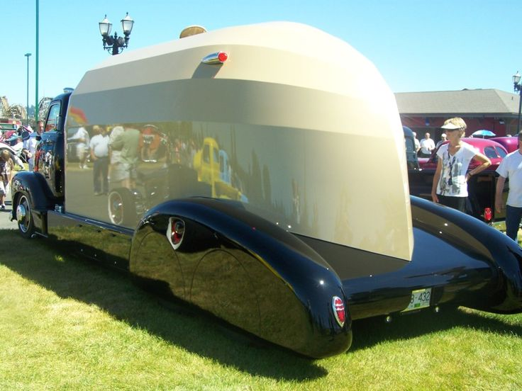 motorhome if some one has interior picture i would like to see them.