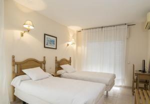 Hotel Caracas Playa Estepona, Spain