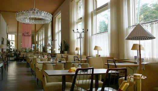 Cafe Pruckel / Wien    We love Wien!  http://www.ostheimer.at