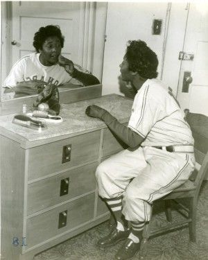 Marcenia Lyle Alberga   aka   Toni Stone, 1954.  1st of 3 women to play in Negro League Baseball with a .243 batting average. Teams: San Francisco Lions 1949,  Black Pelicans 1949,  New Orleans Creoles 1949-1952, Indianapolis Clowns 1953 (Hank Aaron played for this team in 1952), and the Kansas City Monarchs 1953-1954. She retired at the end of the 1954 season to care for her husband.