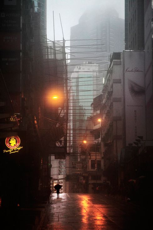 Hong-Kong in the Rain / Christophe Jacrot | AA13 – blog – Inspiration – Design – Architecture – Photographie – Art