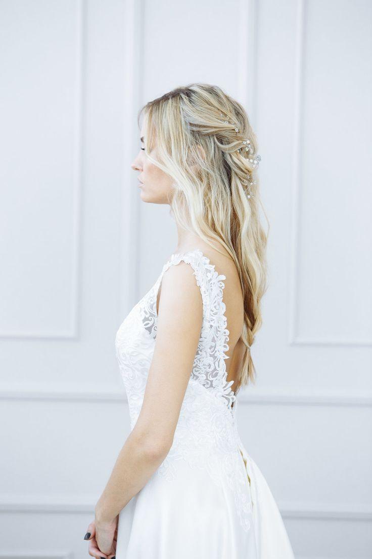 11 best wedding hair images on Pinterest | Wedding hair, Wedding ...