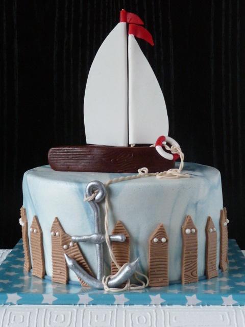 that's how my next birthday chocolate cream cake should definitely look like!