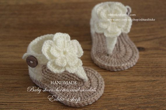 Hey, I found this really awesome Etsy listing at https://www.etsy.com/listing/225407189/crochet-baby-sandals-gladiator-sandals