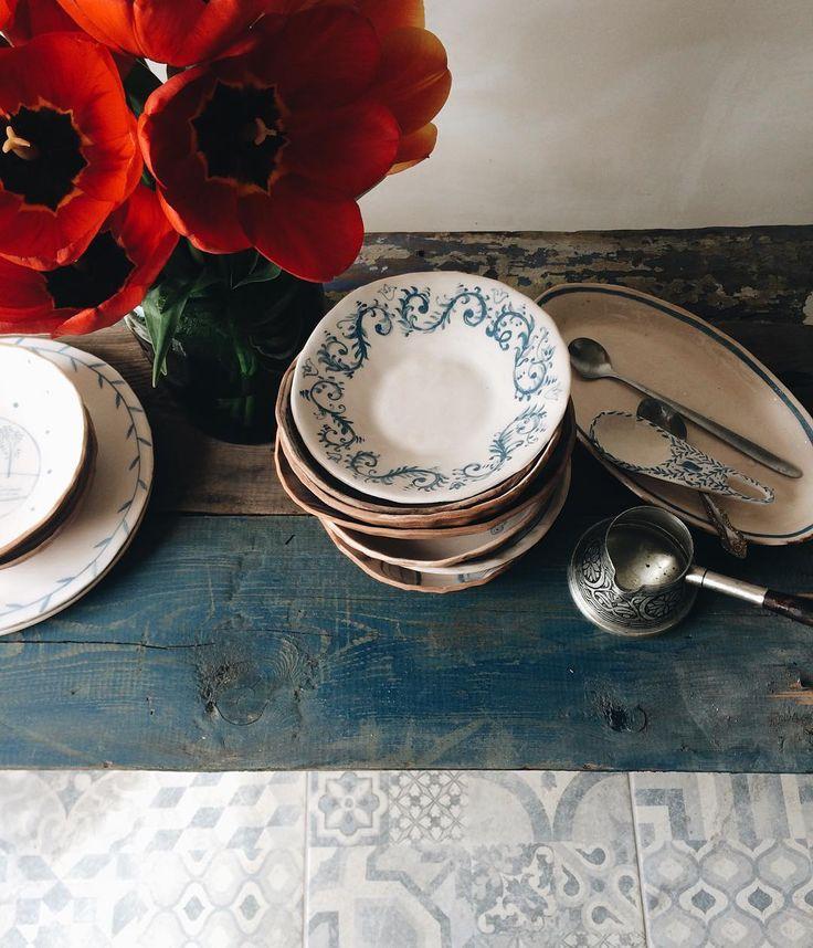 Доброе утро, дорогие:) #ceramics #тарелкаручнойработы #dishes #tableware…