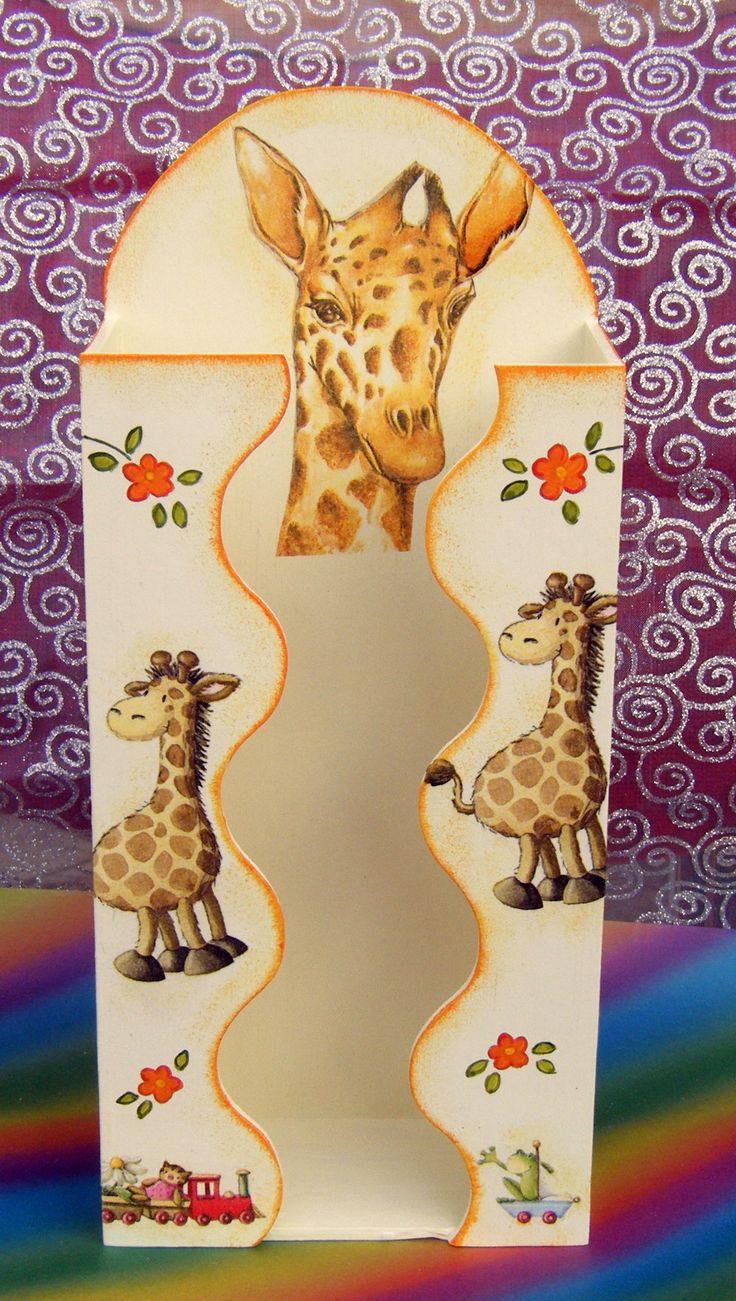 Zsiráfos zsebkendőtartó