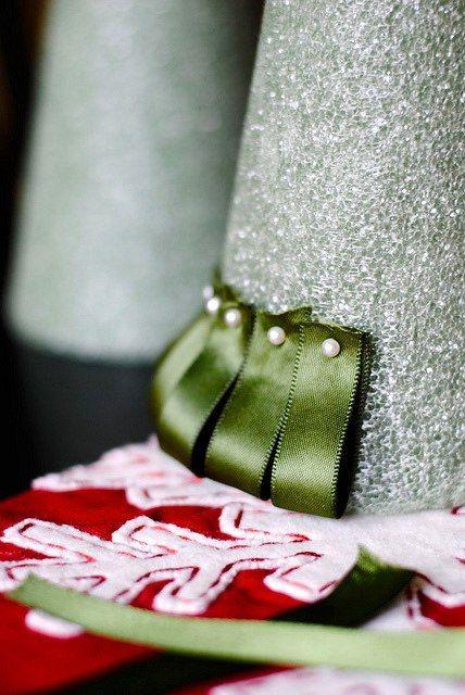 Ribbon Christmas Tree - Step 2