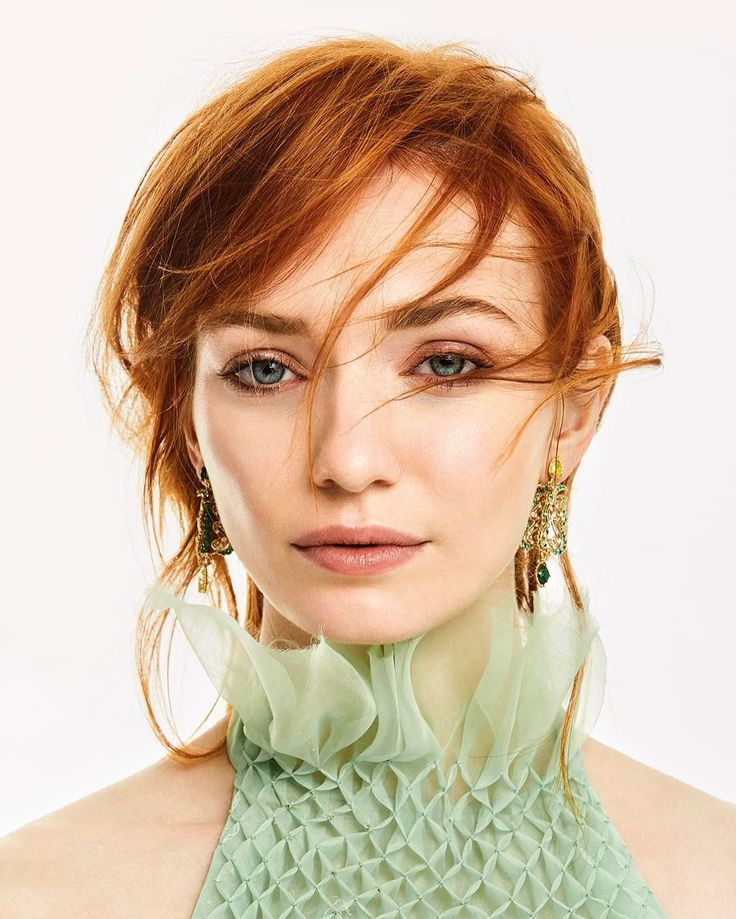 Eleanor Tomlinson Vanityfair U.K. August 2017