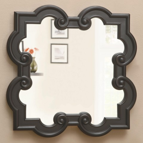 this type of quatrefoil for the coffee table