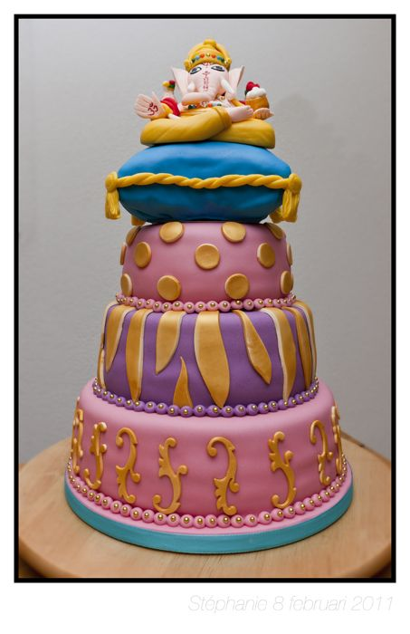 Cake Decorating With Photos