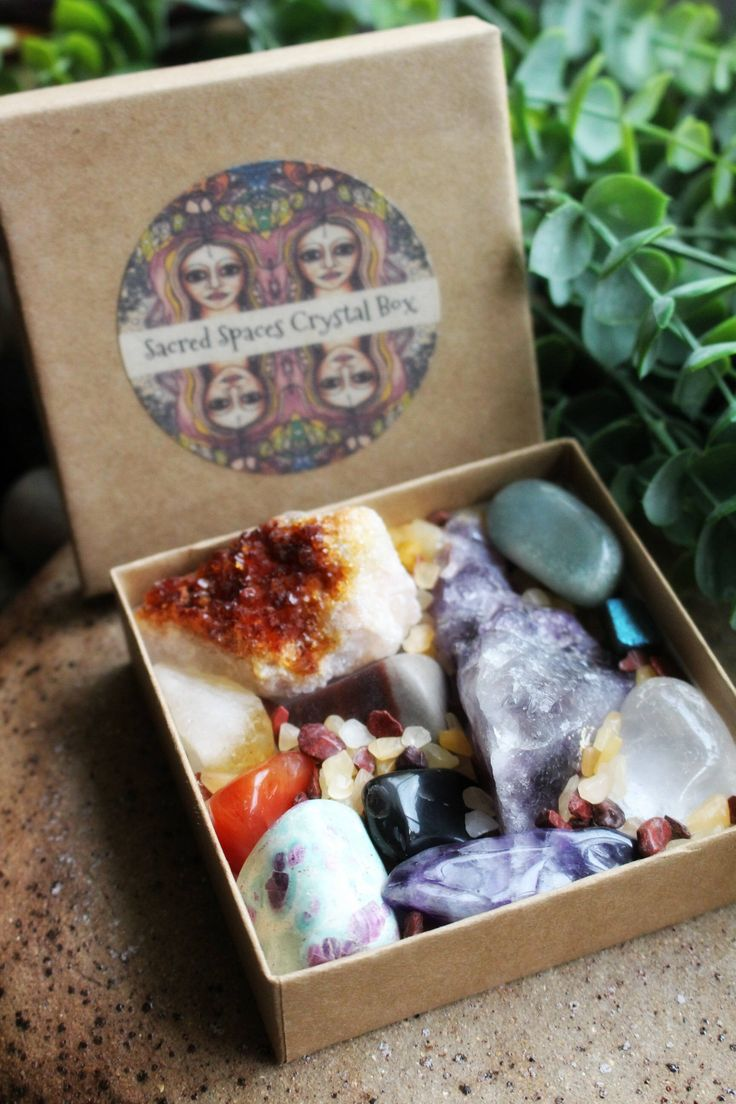 Sacred Spaces Crystal Box - Lot of Mixed Crystals & Gemstones for your collection and Sacred Space by TRaewynJewelry on Etsy https://www.etsy.com/au/listing/590335381/sacred-spaces-crystal-box-lot-of-mixed