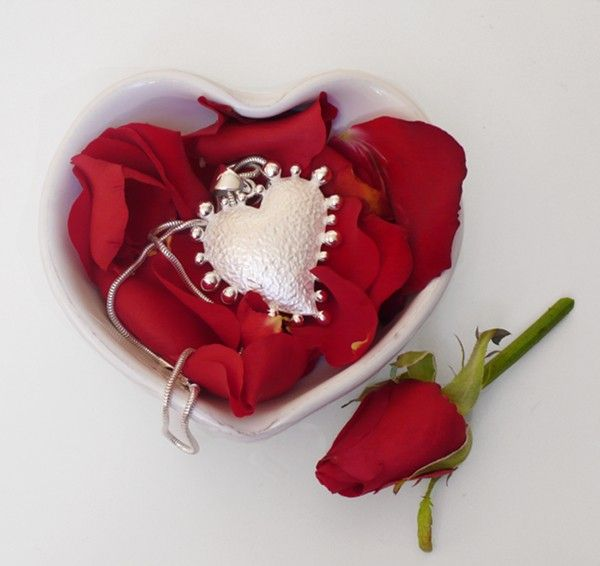 Our limited edition Mini Heart - part of the Love Nest trio available from www.stephenpearce.com