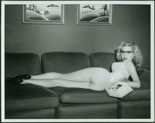 Love Betty Brosmer, she had THE perfect figure