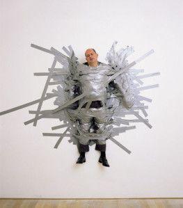 Comme beaucoup d'artistes contemporains, c'est l'attitude de Cattelan qui décrit le mieux son œuvre, plutôt que le type de médium qu'il utilise. D'un esprit frondeur, il pratique le paradoxe, la provocation, l'humour et l'ironie féroce — son esprit frondeur...