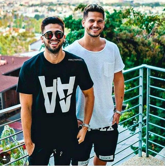 • PYREX GOES TO HOLLYWOOD • Thanks to @vinaiofficial #wearing #pyrex #streetstyle #collection #vinai #deejay #pyrexoriginal #godsavethestreet